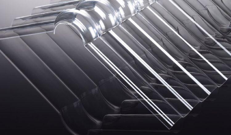 Unsere extrem bruchsicheren und vergilbungsfreien Firsthauben für Acryl Wellplatten haben eine hohe schlagzähigkeit und das Maß 1045 x 300 x 300 mm. Die Firsthauben sind passend für die Profile K 76/18 und S 76/18. Weiteres Zubehör finden Sie im Shop.