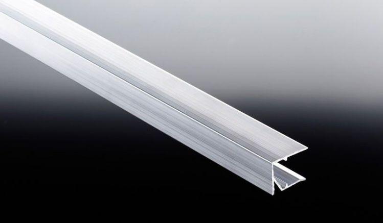 16 mm starkes Abschlussprofil aus pflegeleichtem Aluminum mit vorgebohrten Abläufen