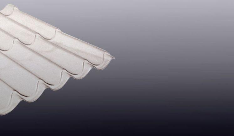 Unsere glasklare Polycarbonat Wellplatte eignet sich hervorragend als Lichtband für Pfannenblech Bedachungen. Das Profil des Wellbleches ist 177/47.