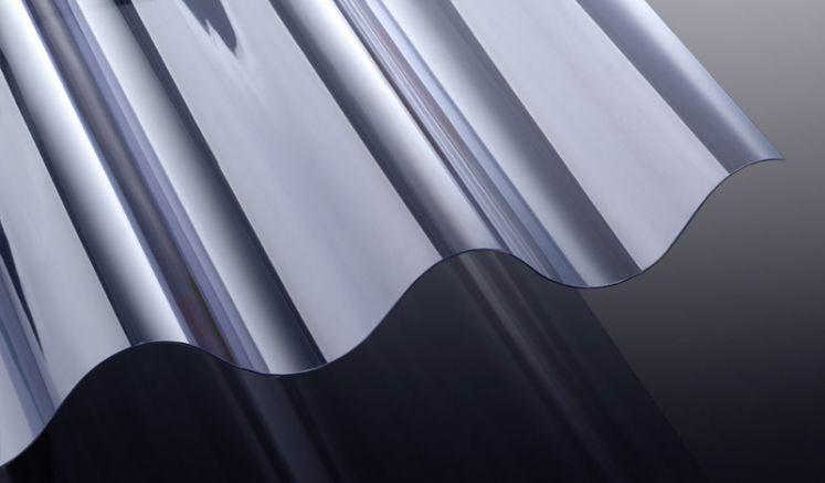 Unsere glasklaren Wellplatten aus schwer entflammbaren PVC mit 177/51 Profil (Welle 5) haben eine Stärke von 1,2 mm. Die Platten eignen sich hervorragend für Terrassenüberdachungen und Vordächer.