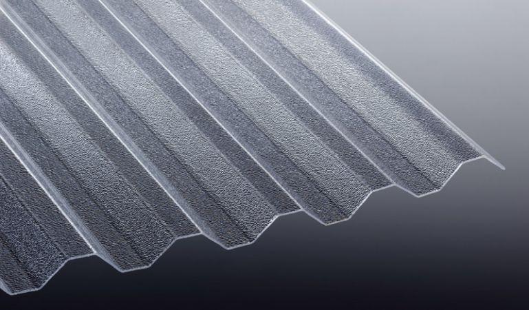 Unsere Wellplatten aus glasklarem und vergilbungsfreiem Acryl haben eine Stärke von 1,8 mm und eine 76/18 C-Struktur. Die Platten sind extrem Bruchfest und haben eine hohe Lichtdurchlässigkeit.