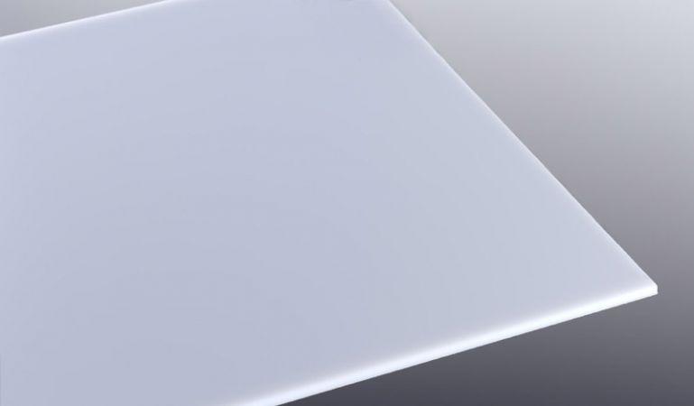 Die 5 mm Acrylglas-Platte in Opal ist in den Maßen 1520 x 2050 mm erhältlich. Für individuelle Formate nutzen Sie einfach unseren Zuschnittservice