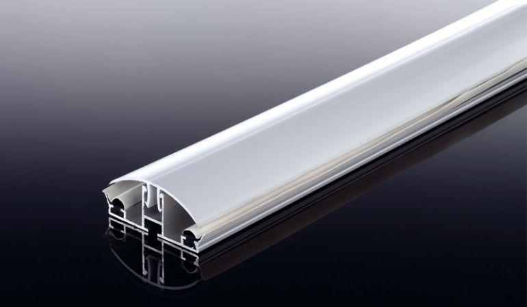 Aluprofile mit rundem Klick-Deckel: Das Klickprofil ist eine einfache und günstige Alternative für den semiprofessionellen Bedachungsbereich. Das System besteht aus einem Aluuterprofil und einem PVC-Klemmdeckel, welcher einfach aufgesteckt wird.