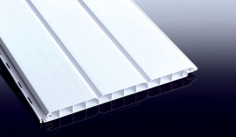 Nie wieder streichen: Unverrottbares, weißes 16,5 mm Heering Nut- und Feder-Hohlprofil mit 250 mm Deckbreite