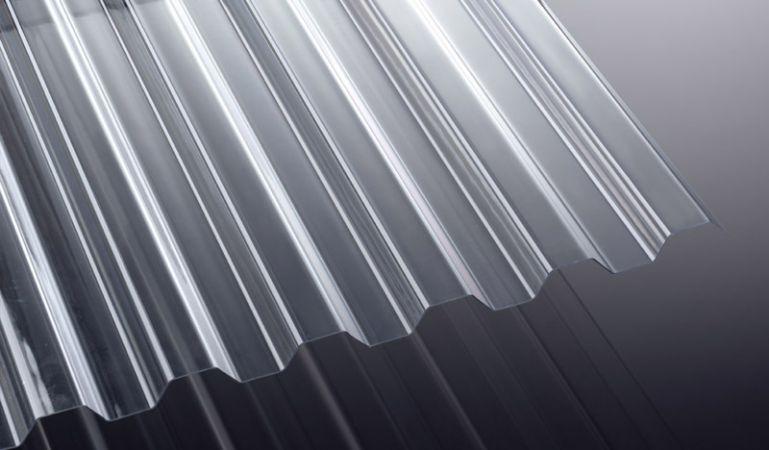 Unsere K 76/18 Polycarbonat Wellplatten haben eine Stärke von 1 mm, eine Breite von 1265 mm und Längen von 2000 - 7000 mm.