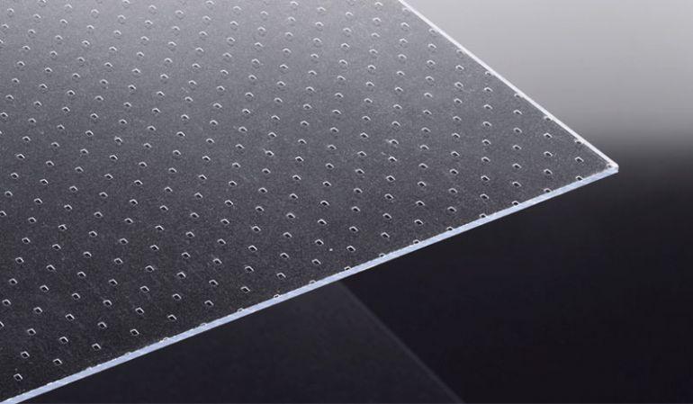 Unsere Polystyrolplatten eignen sich sehr gut für die Verglasung von Türen, der Raumabtrennung oder auch für den Modellbau.